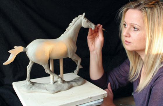 Amanda Hughes-Lubeck Sculpting A Racehorse