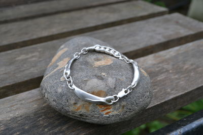 468548_handmade-silver-peapod-bracelet
