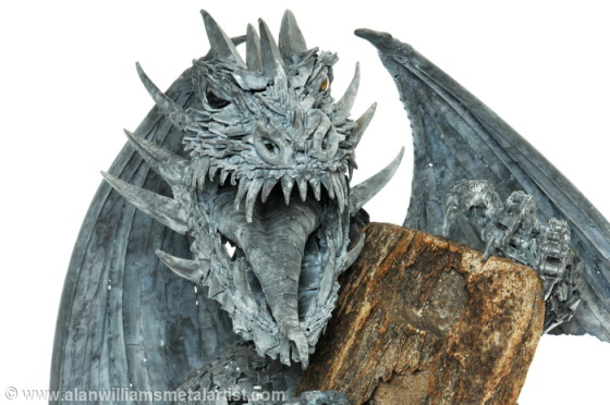 474001_nidhogg-the-dragon_1405002616