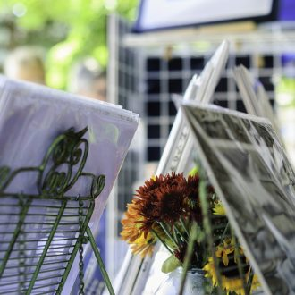 Outdoor art fair to sell your artwork